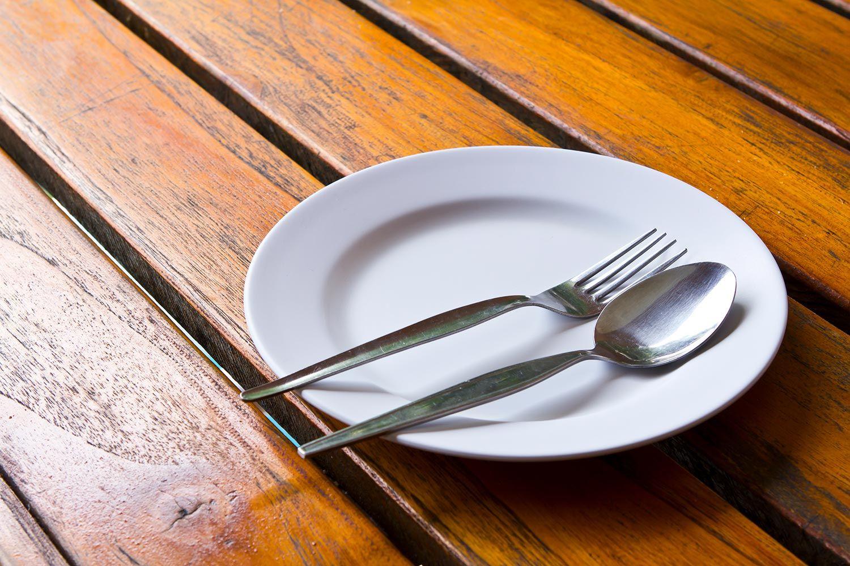 Las intolerables colas del hambre